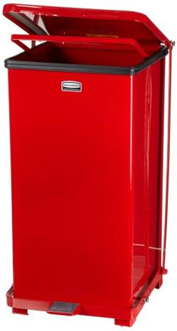 Rubbermaid Commercial Products 12-Gal The Defenders Medium S