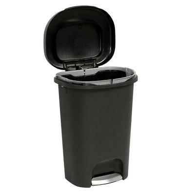 13 galon step on plastic trash can