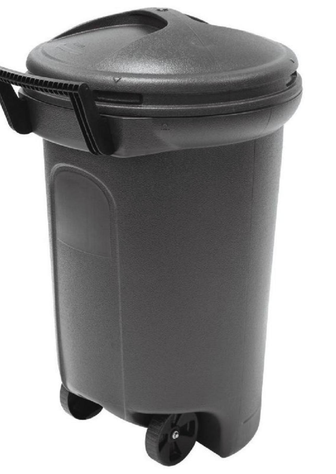 32 GALLON WHEELED TRASH CAN Garbage Container Outdoor Plasti