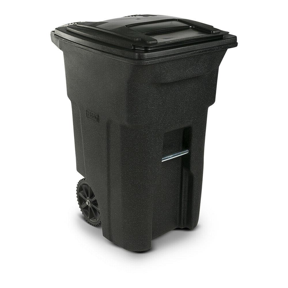 NEW 64 Gallon Toter 2-Wheel Trash Can Cart Indoor Outdoor Bl