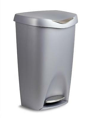 brim 13 gallon trash can with lid