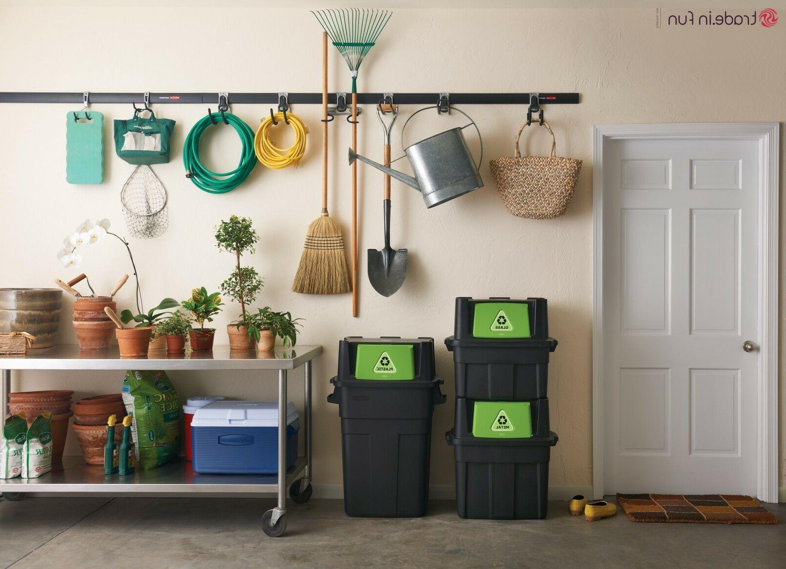 Rubbermaid Recycle
