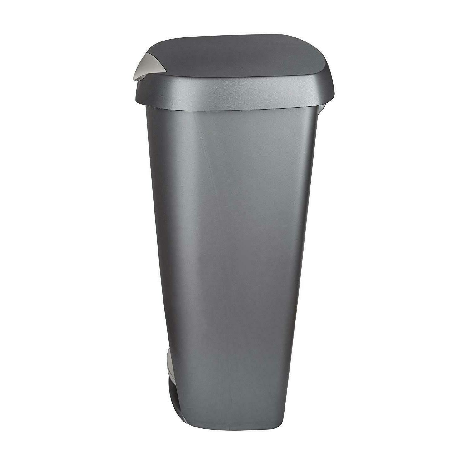 Kitchen Trash Can Large Foot 13 Gallon NEW