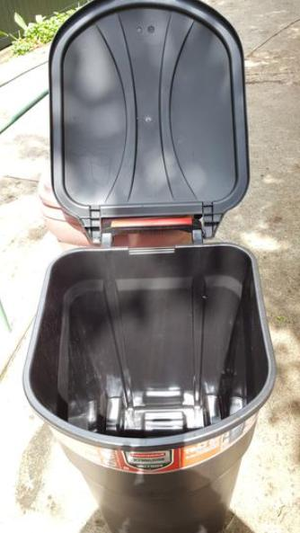 Large Can Wheeled Bin Plastic Container