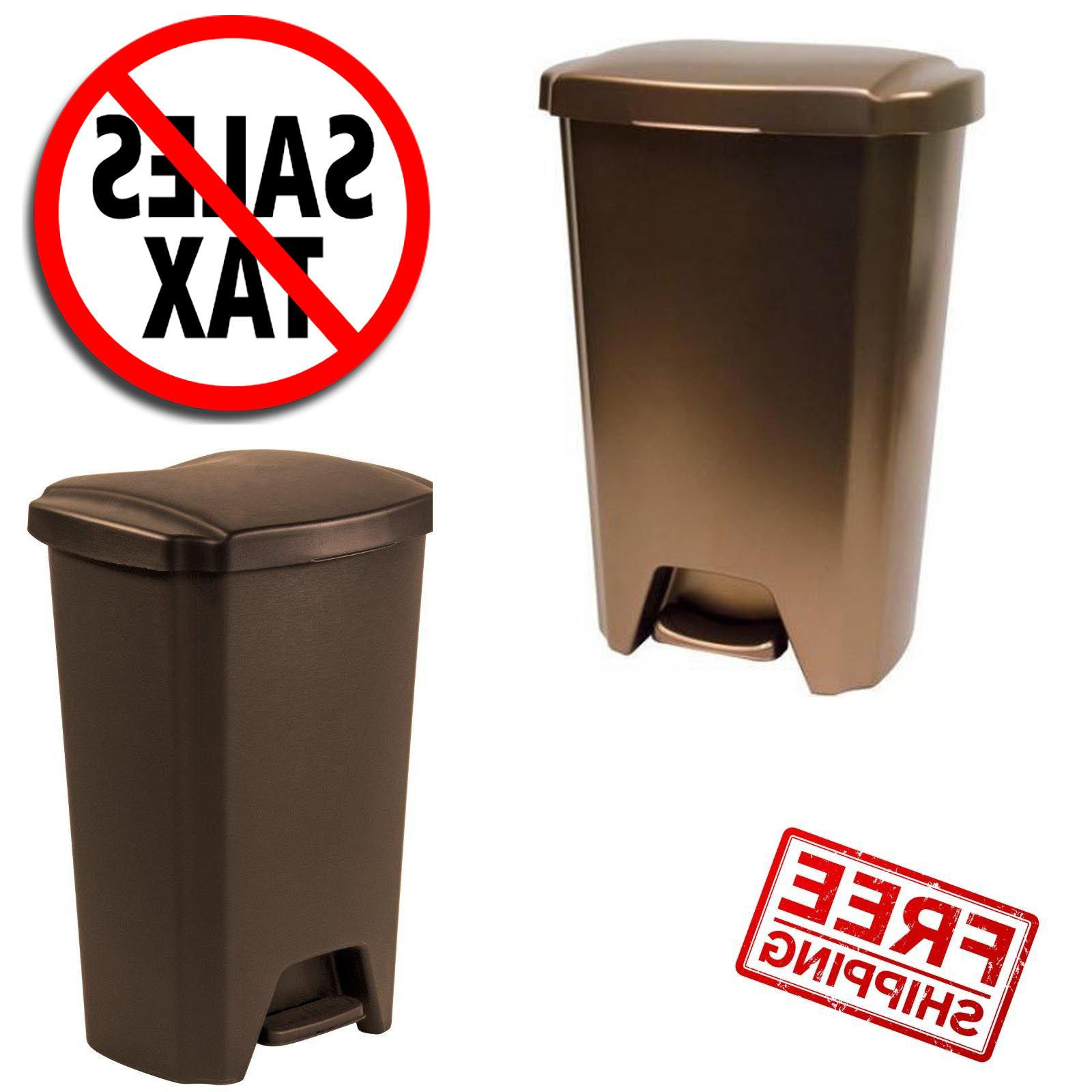 plastic trash can garbage bin