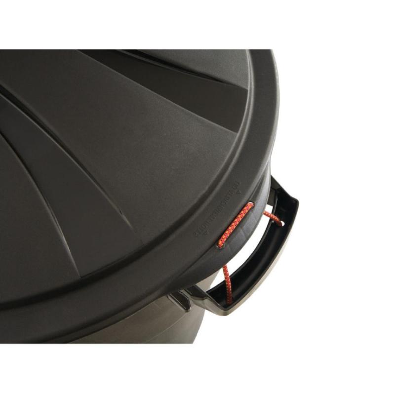 Rubbermaid Roughneck 32 Black Round with Garbage
