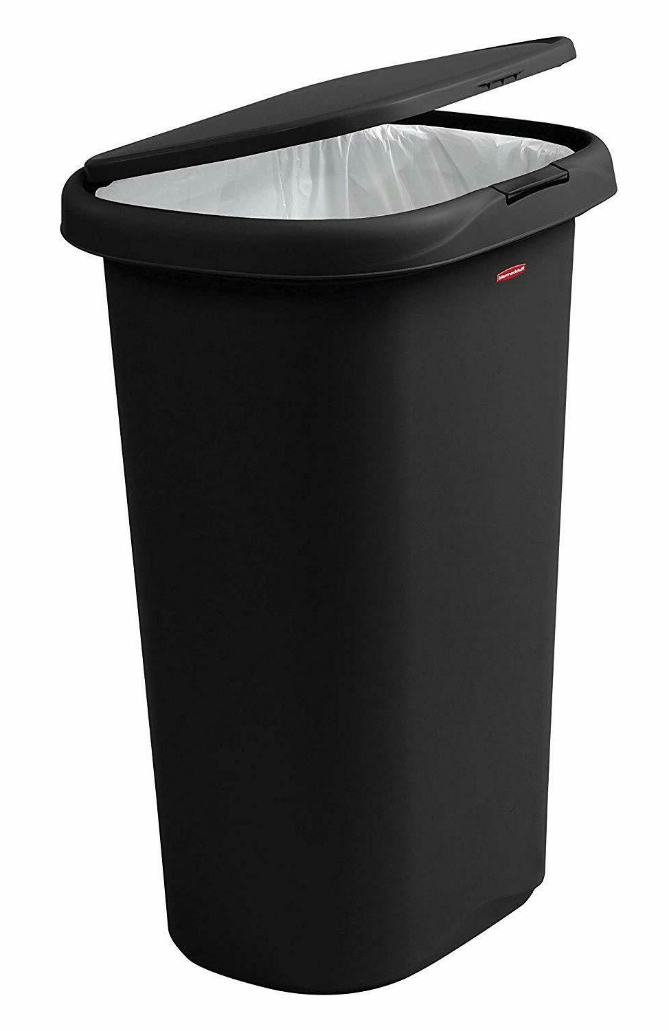 Rubbermaid Spring-Top Can and Garbage,