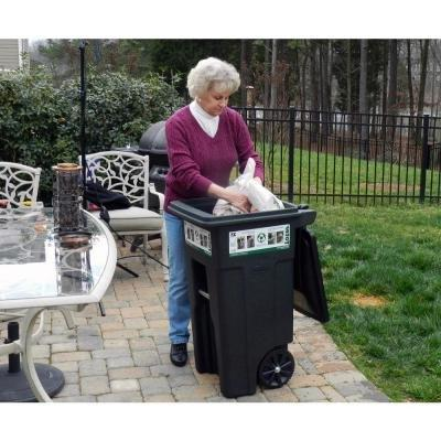 Toter Two-Wheeled Trash Cart, 32-gallon