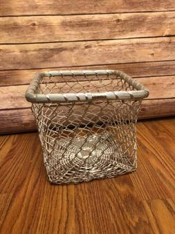 Metal Cage Style Trash/Garbage Can Wastebasket Unique steamp